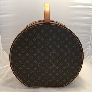 Authentic Louis Vuitton Boite Chapeaux 40